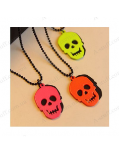 "Pendant in the shape of a skull ""Tartrazine"""