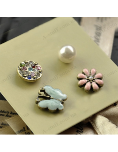 Set of 4 earrings butterfly, flower, pearl and stones
