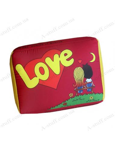 """Креативна подушка """"Love is"""""""