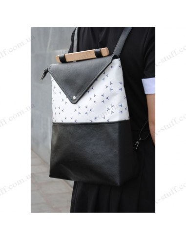 """Стильний жіночий рюкзак """"Triangle"""""""