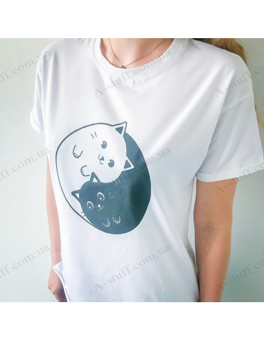 """T-Shirt """"Cats of yin yang"""""""