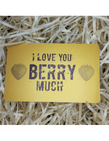 "Greeting card in the wallet ""I love you BERRY much"""