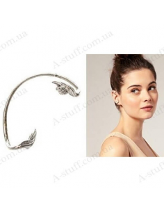 """Cuff with an earring """"Vanilla"""""""